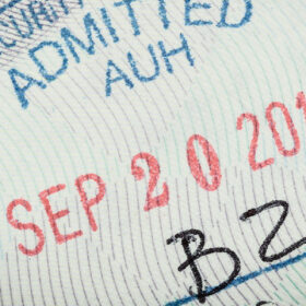 บริการสมัครวีซ่าท่องเที่ยวอเมริกา : B1/B2 VISA